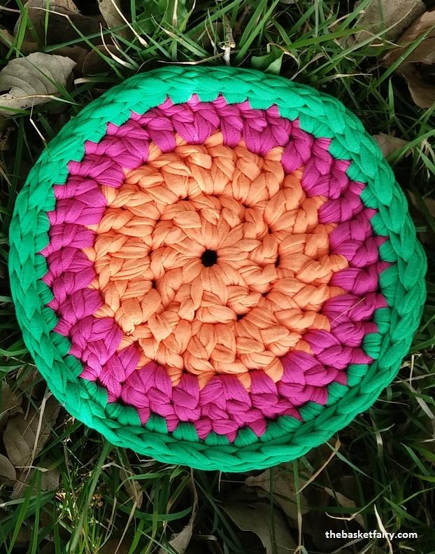 crochet t-shirt yarn mandala trivet